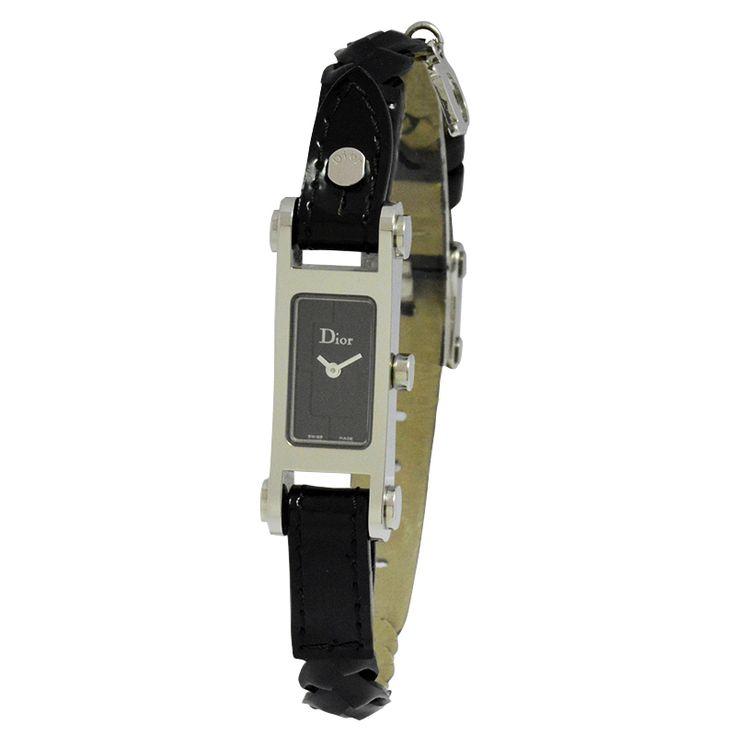 Μοναδική Προσφορά! Ρολόι Γυναικείο Dior από 706 €  θα το βρείτε στα 353 €.