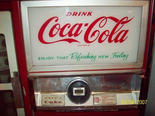 coke machine 0 craigslist fascination austin pinterest bar. Black Bedroom Furniture Sets. Home Design Ideas