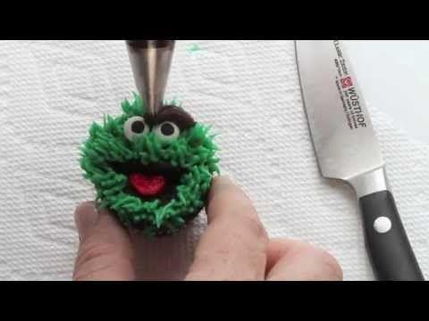 oscar the grouch cupcakes - i am baker