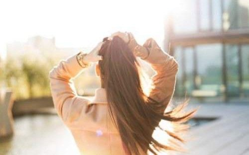 12 απλά βήματα για να νιώθετε ευεξία όλη την ημέρα http://biologikaorganikaproionta.com/health/155917/