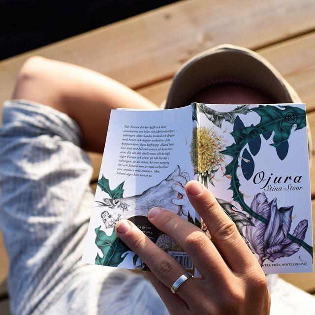 Minns ni när en låg på en brygga och läste i somras?💭😢 #november
