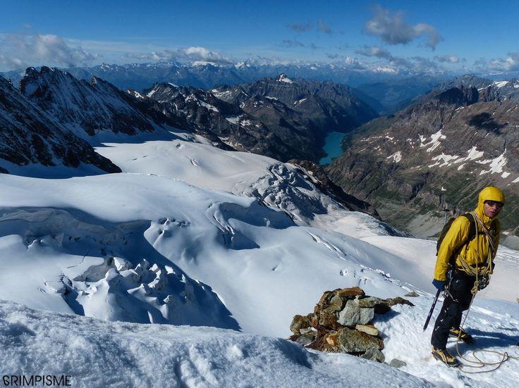 Plus de photos: http://www.escalade.pro/blog/dent-herens-arete-tiefmatten.htm