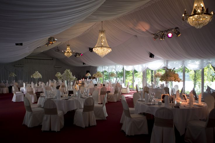 Hääkattaus Paviljongissa - Wedding decoration in the Pavillion #vanajanlinna #häät #wedding #hotel Picture: Oka Mokiwara