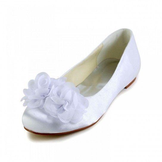 Scarpe da sposa con fiore