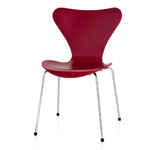 FRITZ HANSEN Series 7 Chair Dark red