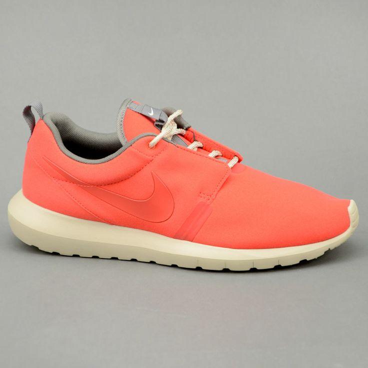 Nike NIKE ROSHERUN NM Rosso mod. 631749-666