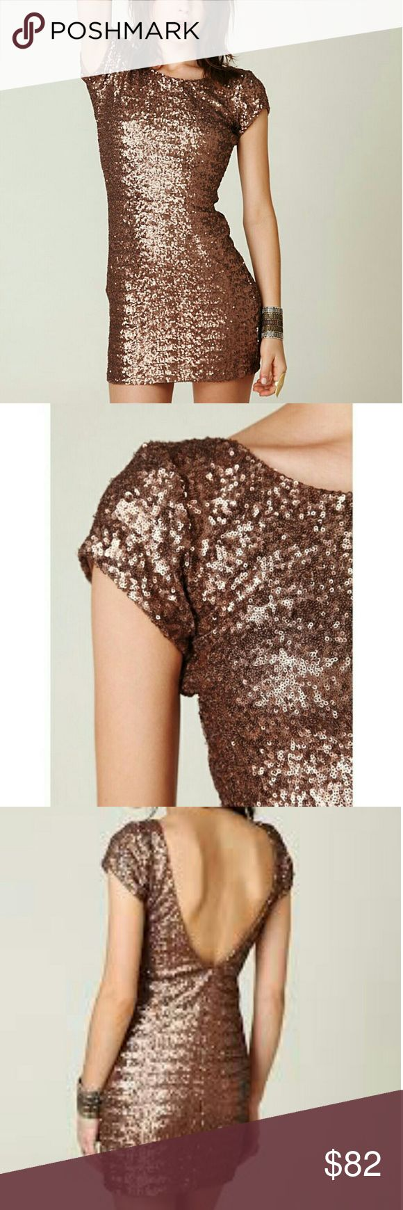 Free People Fever Sequin Dress Almost new, worn once and in pristine condition! Size Small. Short sleeve copper/brown sequin dress with open back, perfect for upcoming holiday parties! Free People Dresses Mini