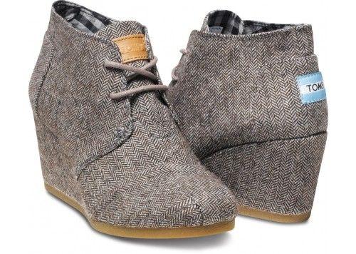 Herringbone Women's Desert Wedges | My new fall shoes! :)