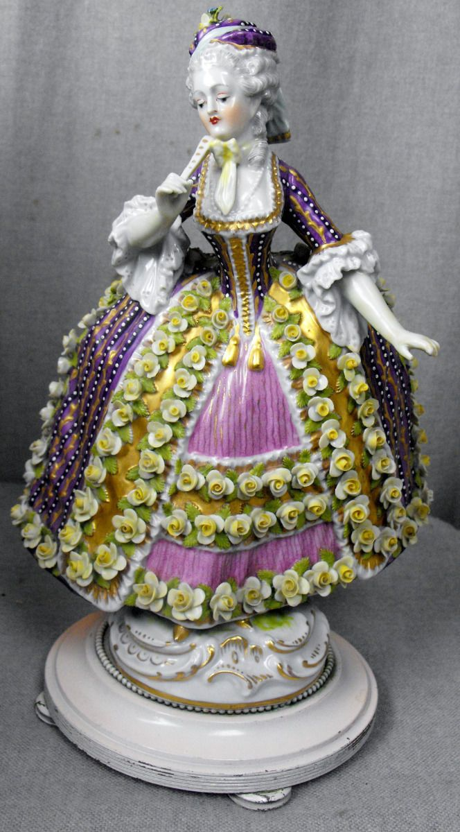 554 Best Images About Dresden Porcelain Figures On Pinterest Antiques Porcelain Vase And Lace