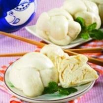 BAKPAO AROMA ALMOND http://www.sajiansedap.com/mobile/detail/10709/bakpao-aroma-almond
