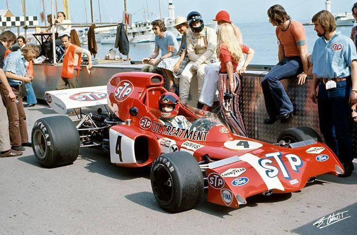 Monaco 1972: Niki, Graham and the unique atmosphere of vintage paddock pic.twitter.com/L3SPJBAiSNpic.twitter.com - Page 14