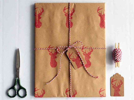 Christmas wrapping paper | Gift wrap set | 1 sheet of paper 70x100cm/27.5x39.5'' | 2 gift tags | 5m/5yd twine | Hand printed | Red deer