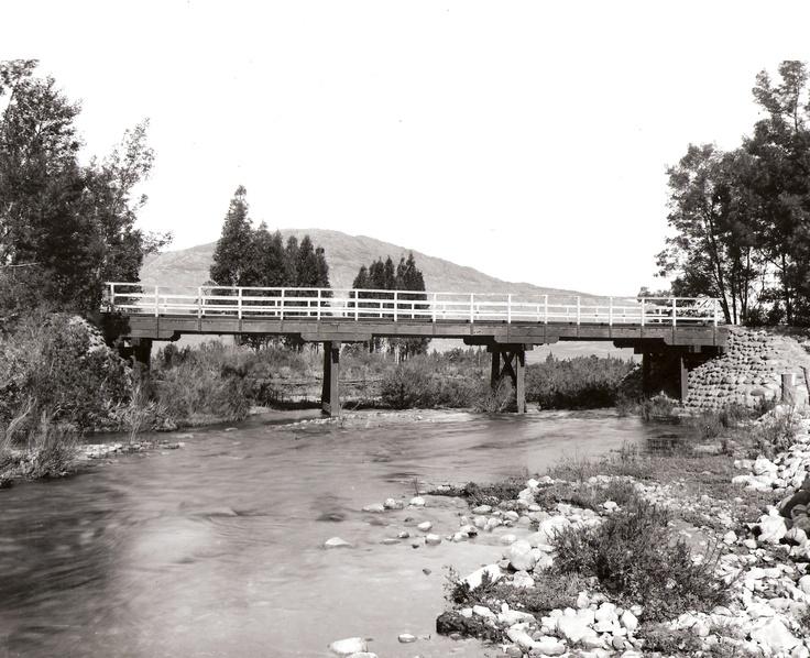 Bridge over river Villiersdorp Photo by Ravenscroft circa 1910