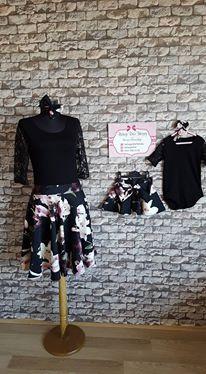 Çiçekli ve Siyah Dantel Detaylı Anne Kız Etek Bluz 3014 Bebeğe Dair Herşey ile özel dikim elbiseler. Özel günler için anne kız kombin elbise