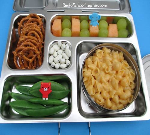Bento Lunch: Shells & Cheese Pasta. #bento #pasta  www.facebook.com/bentoschoollunches