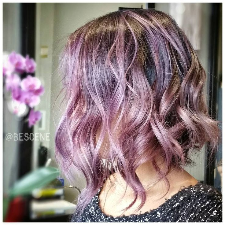 """"""" B L O S S O M  created these beautiful shades of mauve & blush using @Schwarzkopfusa! At the base I used the #Schwarzkopf #Metallics 4-29, 0-99 Ends:…"""""""