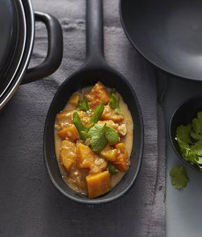 Rezept für Kürbis-Curry mit Mango bei Essen und Trinken. Ein Rezept für 4 Personen. Und weitere Rezepte in den Kategorien Gemüse, Gewürze, Kräuter, Nüsse, Obst, Hauptspeise, Suppen / Eintöpfe, Dünsten, Kochen, Schmoren, Asiatisch, Vegetarisch, Hülsenfrüchte.