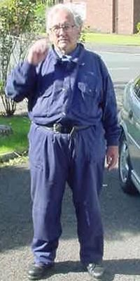 Boilersuit - Boilersuit - Wikipedia, For fans of the horror genre of film, the boiler suit is irrevocably associated with the slasher subgenre, being regularly worn by both Michael Myers of the Halloween films and by Jason Voorhees of the Friday the 13th franchise.