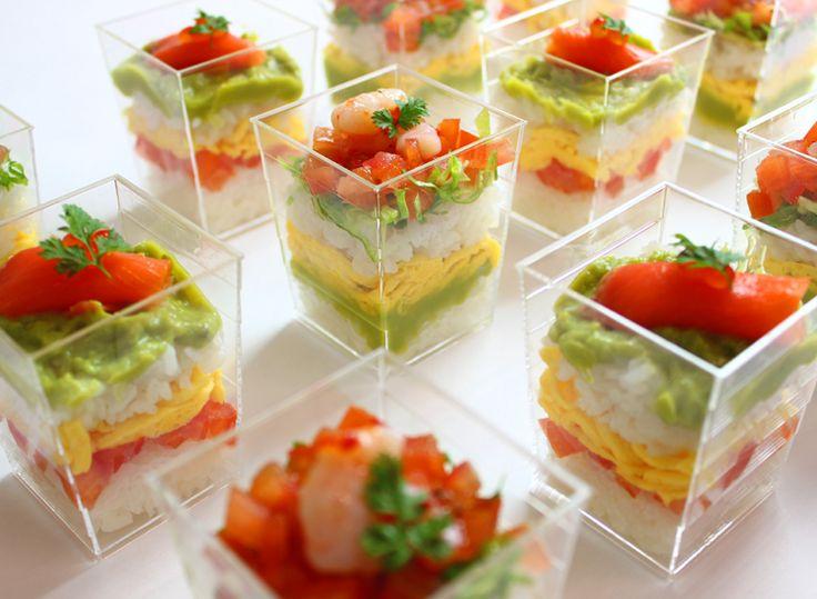 2種のカップ寿司   Ricca Catering & Deli