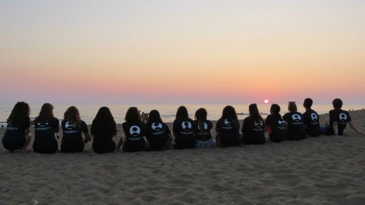 An amazing sunset to end off our yearly turtle conservation project in Greece! See you all again next year.  #gvi #volunteer #travel