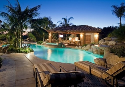 Grapevine Manor & Gryphon Place - via http://bit.ly/epinner
