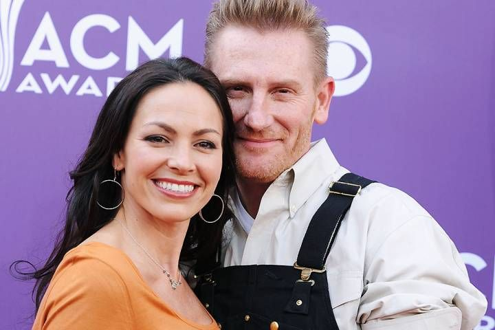 Joey and Rory Feek of Joey + Rory arrive at the 48th Annual Academy of Country Music Awards at the MGM Grand Garden Arena on April 7, 2013. (Photo via Denise Truscello/ WireImage)