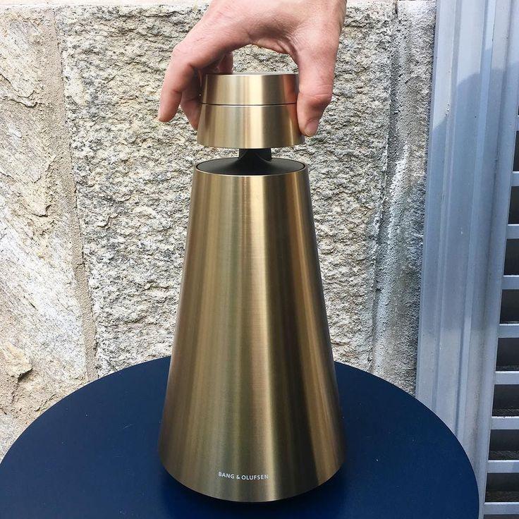 Brass me. #beoplay #beosound2 #brass #sound #wireless #hifi #music #speaker #bangolufsen #milanodesignweek #brera #italia #denmark #struer #iphone6s #detail #design #finishes #luxury #louder