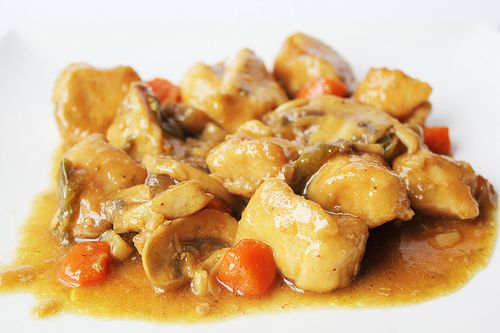 "Delicias de pollo con verduritas. *En Restaurant ""CAL PETER"" - La Pizzería - Tarragona - Catalunya - España"