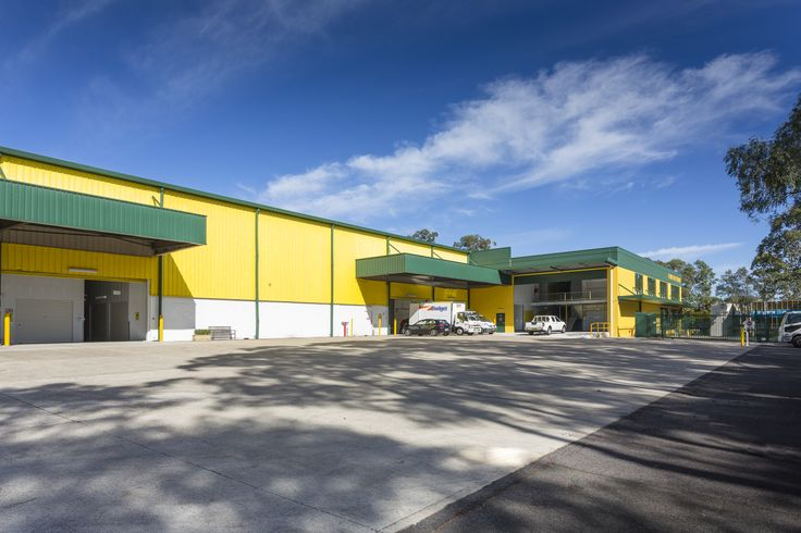 Exterior look of Hills Self storage facility in Castle Hill