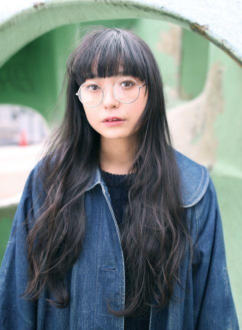 ラウンド前髪にゆるふわウェーブ☆グレージュ ロング 〜丸顔さん向きヘア〜