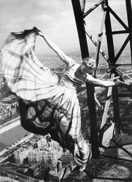This iconic photo of Lisa Fonssagrives-Penn in a Lucien Lelong gown swinging precariously off the Eiffel Tower, was taken by Erwin Blumenfeld for Vogue 1939