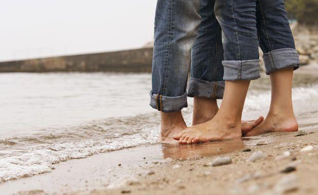 Forscher behaupten: Ob eine #Liebe lang hält, liegt vor allem an zwei Verhaltensweisen. Und wir fragen uns: DAS soll wirklich das ganze Geheimnis sein?