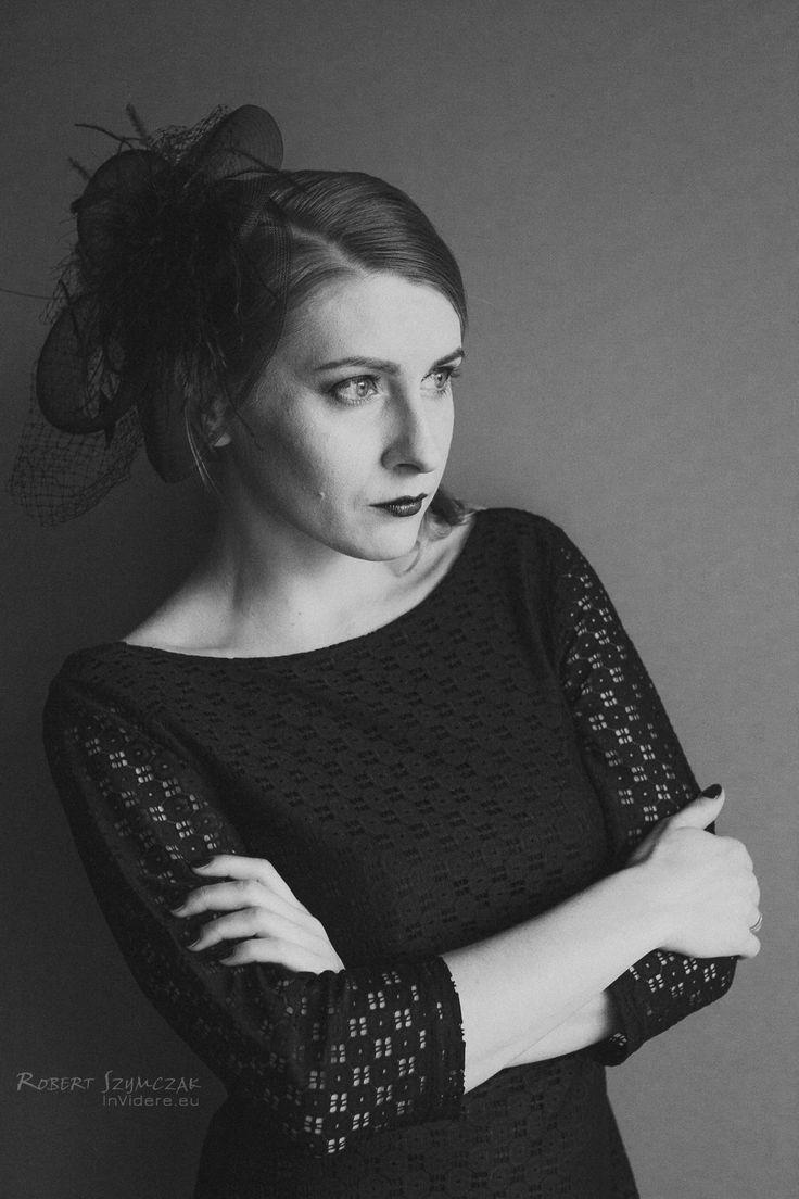 Fotograf: Robert Szymczak  Modelka: Ewa Żuber MUA, włosy i stylizacja: Marta Lityńska  Polub mnie na Facebooku: https://www.facebook.com/MartaLitynskaMSB  A to mój Instagram: https://instagram.com/martasarablanka