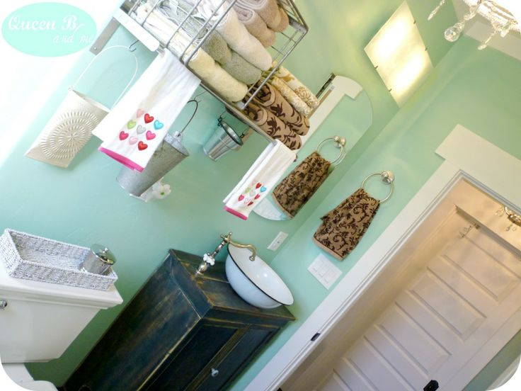 sea glass paint wall for small bathroom decorating