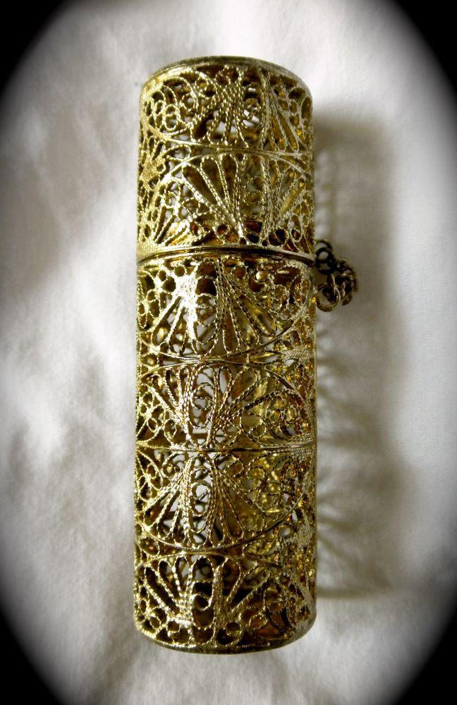 Vintage 1950s Gold Filigree Lipstick Case Tube Very Ornate.