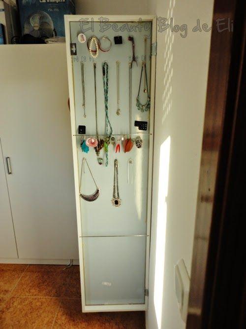 El beauty blog de Eli: Espejo Stave de Ikea: un espejo-joyero muy funcional