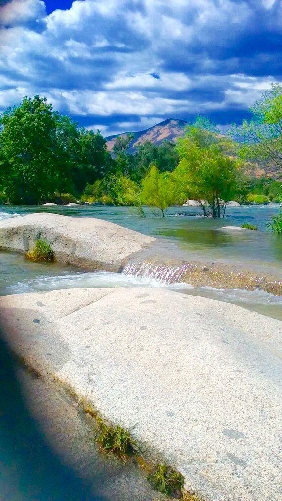 Kaweah River in Three Rivers California
