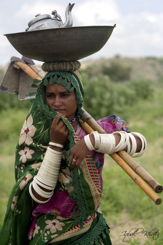 A Young Woman In Thar Pakistan Picture