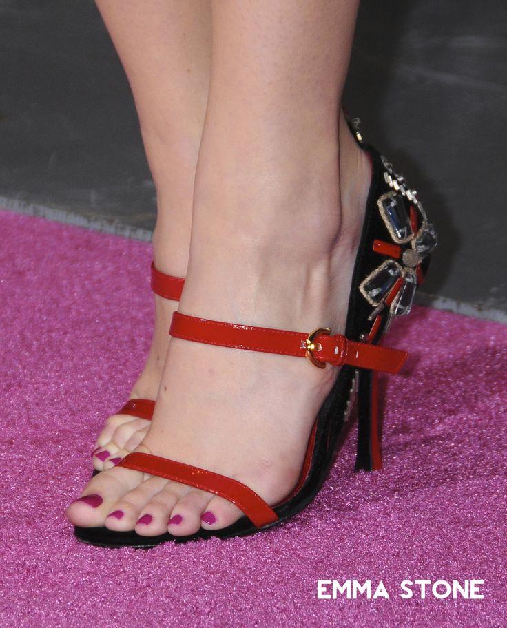Pin on Celebrities/Models' Feet