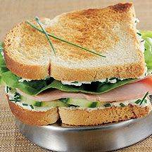 Weight Watchers - Croque-mademoiselle - 5pt : philadelphia light / ham / sla (/ komkommer)