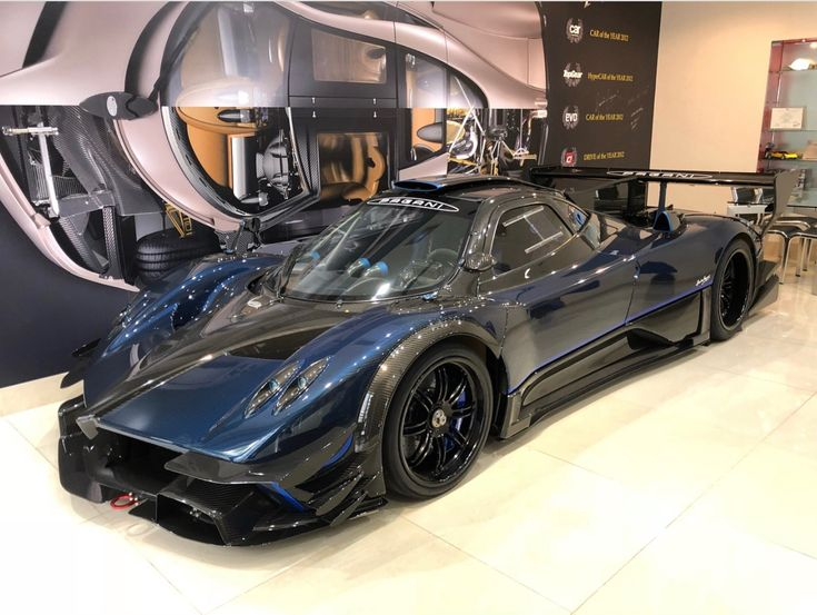 Pagani Zonda R In Fully Exposed Blue U0026 Gray Carbon Fiber W/ Blue Accents  Photo