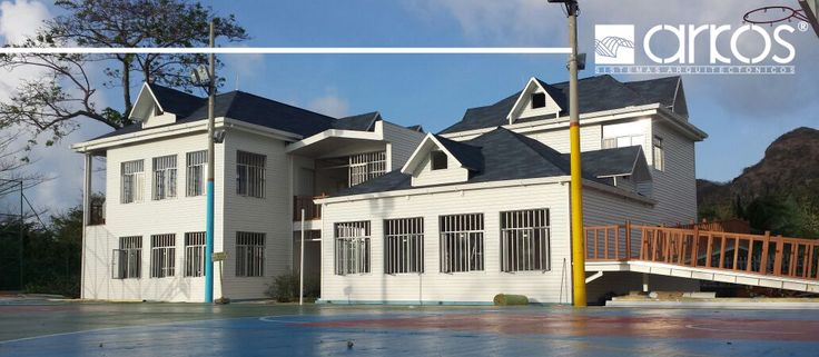 Proyecto de casas de construcción  liviana o seca Providencia
