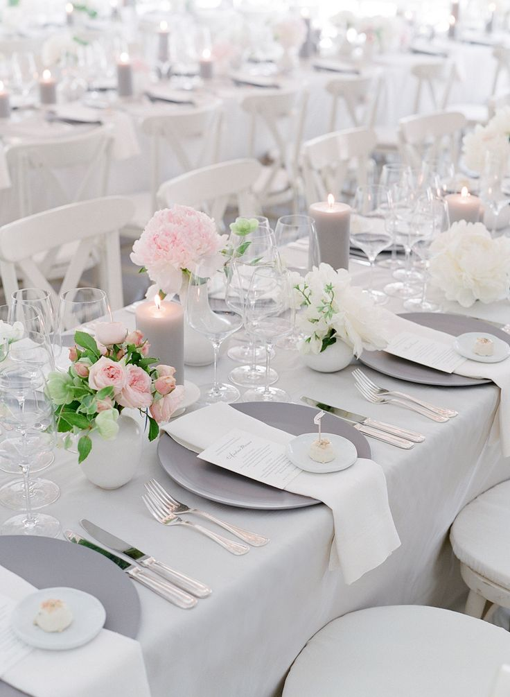 La Tavola Fine Linen: Velvet Oatmeal with Tuscany White Napkins | Photography: Jose Villa Photography, Event Planning: Laurie Arons Special Events, Floral Design: Kathleen Deery Design, Tabletop Rentals: Classic Party Rentals, Catering: Paula LeDuc Fine Catering
