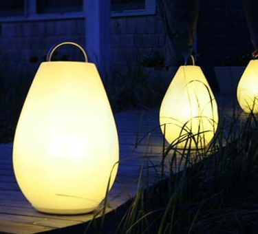 The Luau Portable Lamp is a lighting solution that delivers dimmable light without being tethered to a socket.