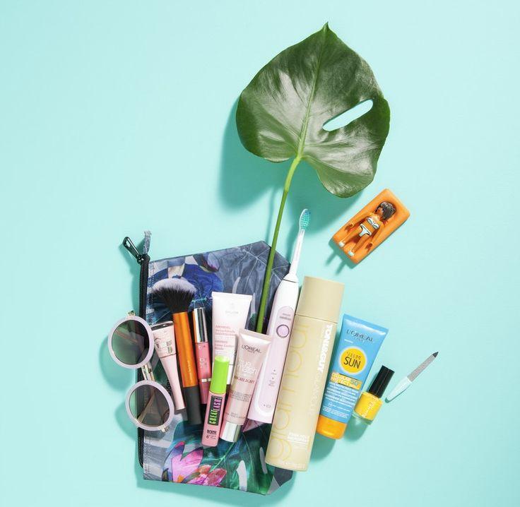 Last-minute vakantie essentials #vakantie #wehkamp #beauty #zonnebrand #mascara #scheermes #zon #tandeborstel