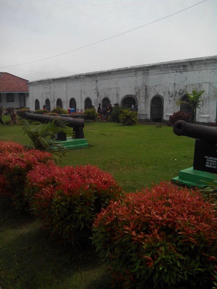 dalam benteng fort marlborough kota bengkulu
