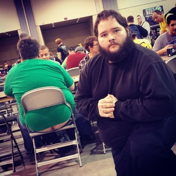 Man Reveals Crack Epidemic At Magic: The Gathering Tournaments