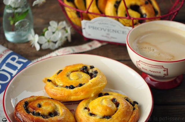 Voyage au pays de la patisserie: Šneci s vanilkovým krémem, čokoládou a pomerančový...