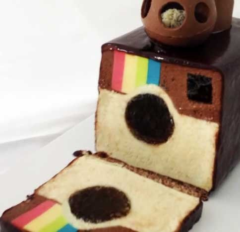 How to Bake an Instagram Cake