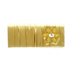 This #gold #clutch #bag has an attractive brooch with a magnetic fastening to keep your items secure - See more at: http://myeveningdress.co.uk/clutch-bags/1372-gold-diamante-sequin-brooch-evening-bag.html#sthash.p915XSM3.dpuf